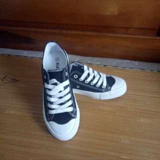 🚚 休閒帆布鞋24號