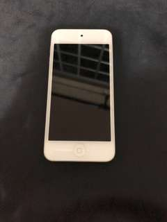 iPod 5th Gen Silver 16GB