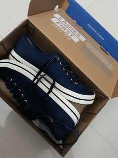 Sepatu KEDS Original