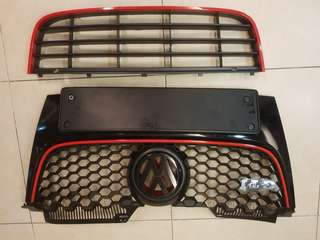 Volkswagen Jetta MK5 model Front/Lower Grille