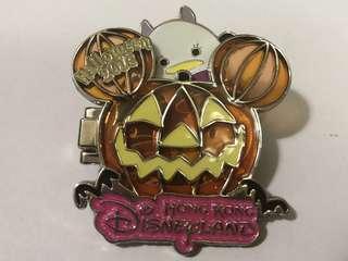 香港 迪士尼 徽章 Disney Pin  Halloween 2016 TsumTsum Donald Daisy
