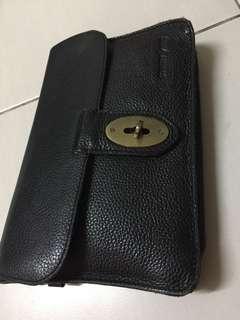 Clutch/slingbag