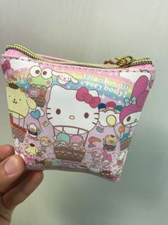 🚚 日本🇯🇵帶回hello kitty 小包包零錢包