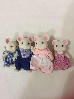 Sylvanian Families White Mouse Family 4 Piece Set
