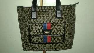 Tommy Hilfiger Shoulder Bag