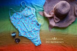 One-Piece Swimsuit / Swimwear