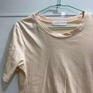 🚚 偏粉色圓領T恤