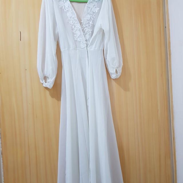 6b4f132199 Alexa Prima Bridal Robe by La Rosa FREE SHIPPING on Carousell
