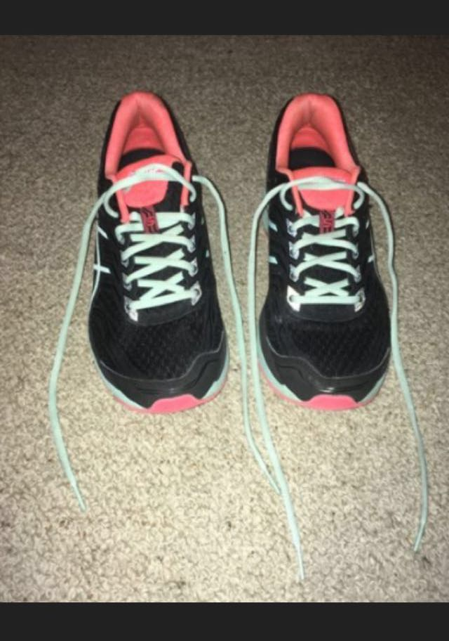 Asics GT 2000 5 Womens Black Mesh Athletic Lace Up Running Shoes size US 11