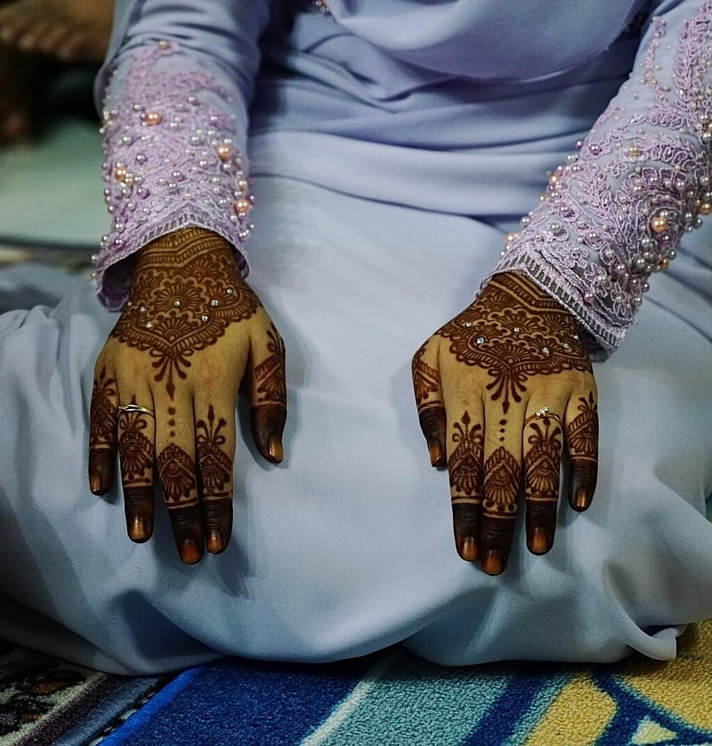 Bridal Engagement Henna Artist Bulletin Board Looking For On Carousell