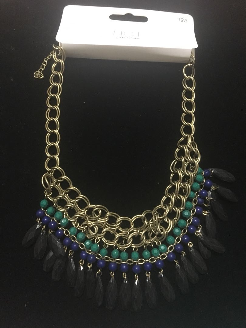 Hot options African boho style necklace RRP $25