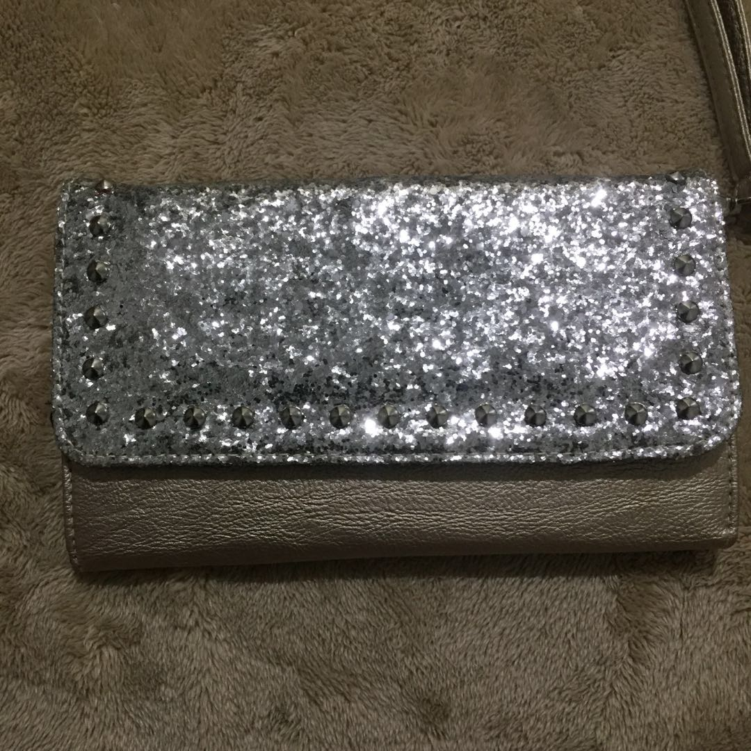 Material Girl Sling bag