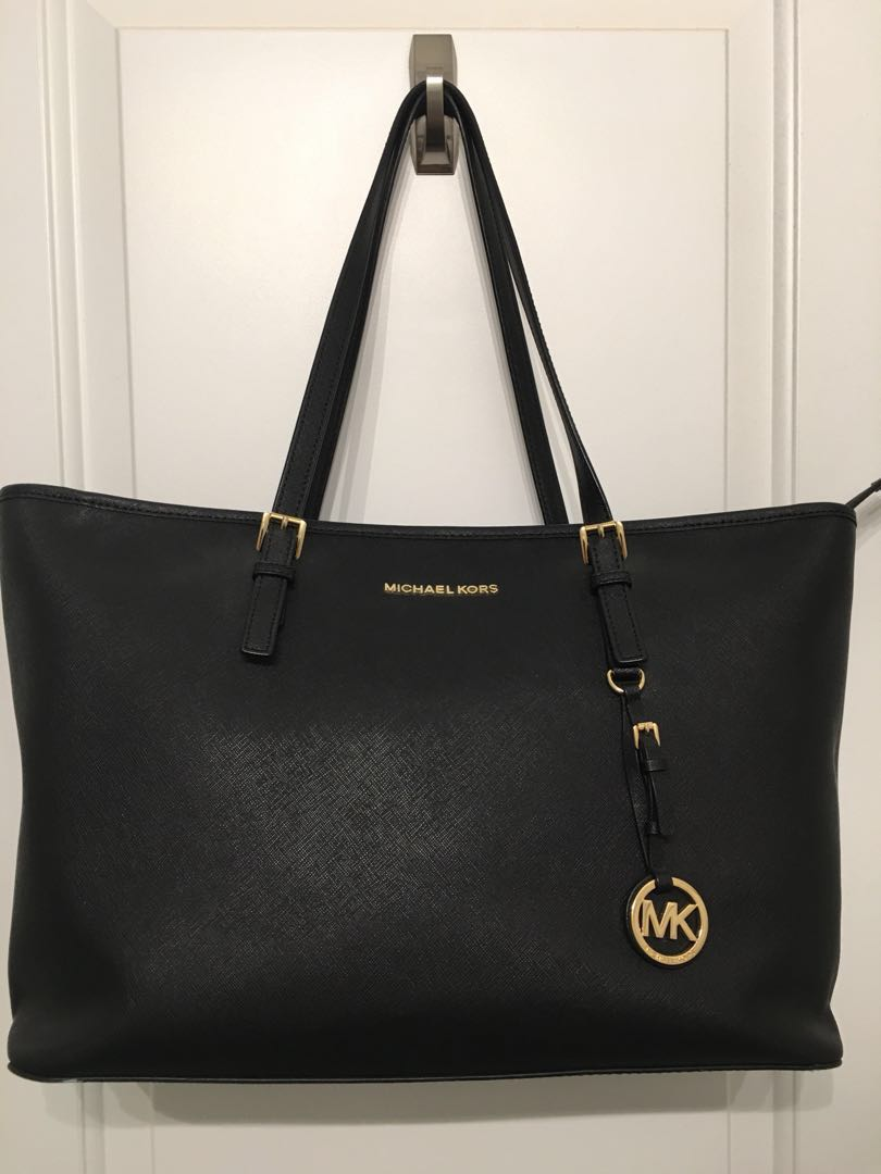 Michael Kors jet set tote with laptop compartment