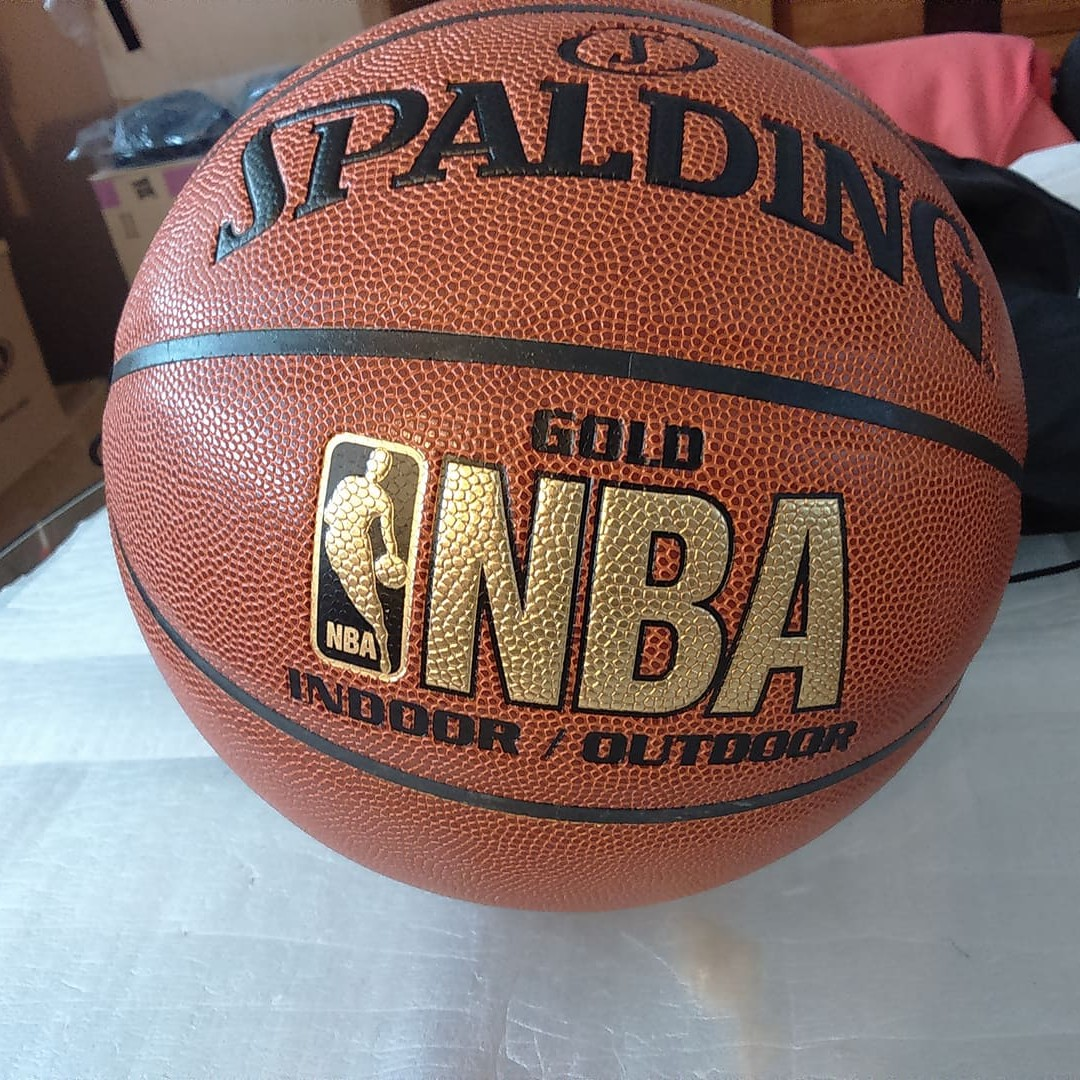 new spalding nba gold indoor or outdoor size 7 adult synthetic leather  basketball e8a890ba3