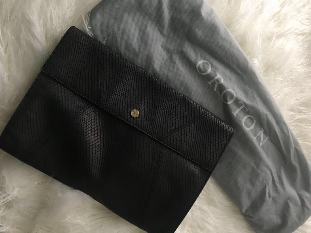PRICE DROP ✨Oroton - Large Snake Skin Clutch