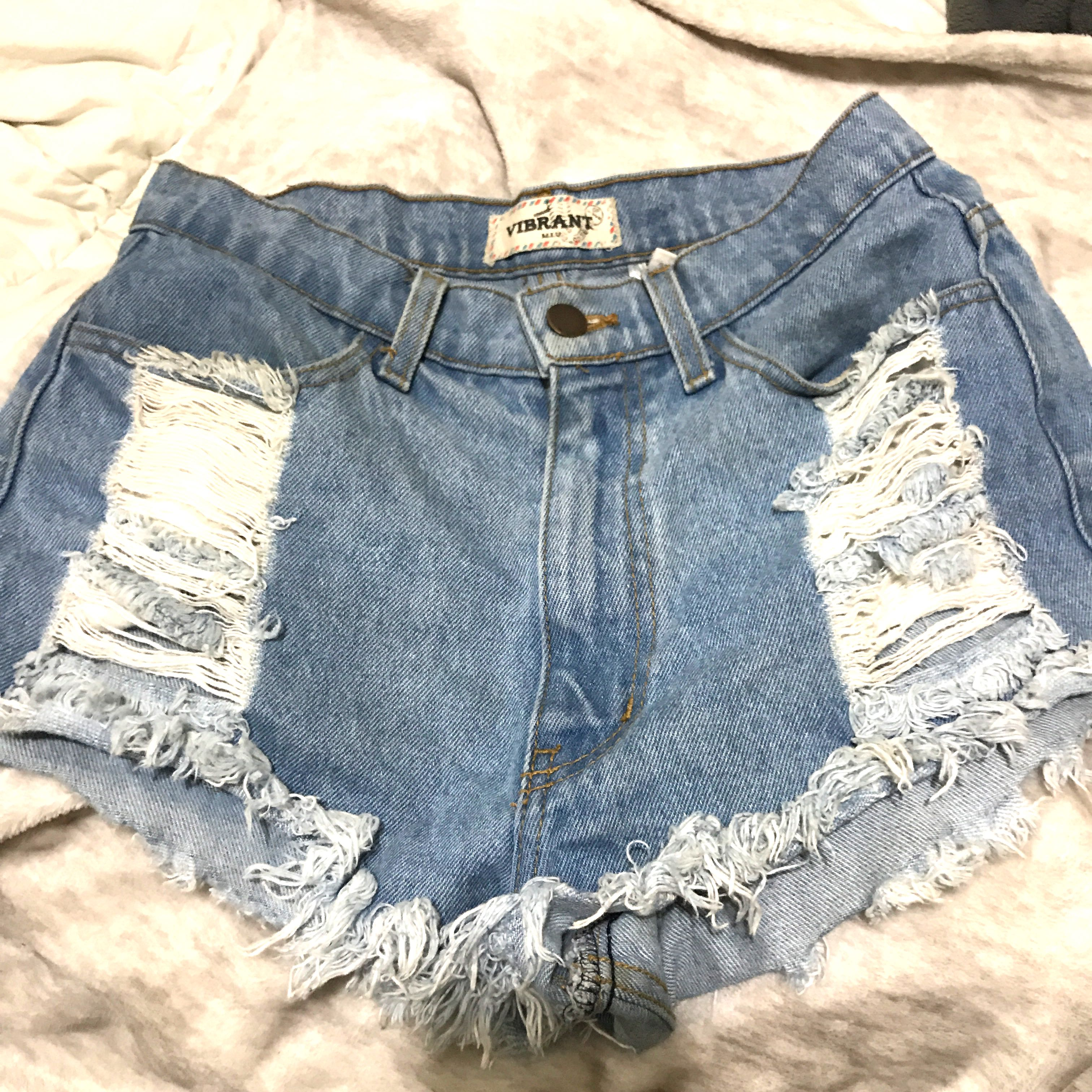 Vintage high waisted shorts (USA)