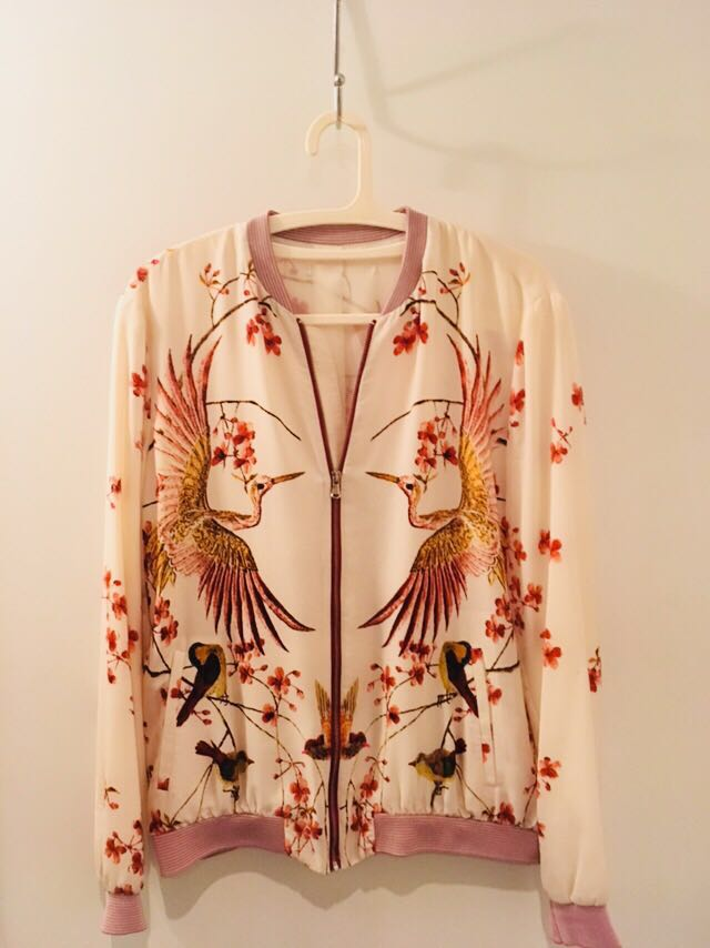 Zara top (size M)
