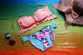 Two-Piece Swimsuit / Bikini / Swimwear