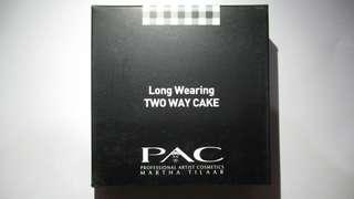 PAC Long Wearing Two Way Cake