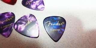 Fender Guitar Pick/Spectrum