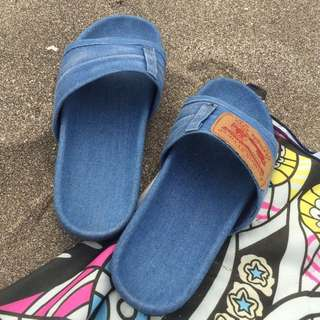 🚚 牛仔布拖鞋 單寧 深藍 淺藍 今夏 流行 必備單品 Levi's 牛仔 單寧