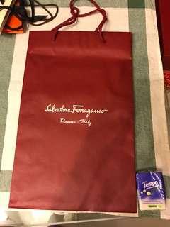 Salvatore Ferragamo paper bag 紙袋