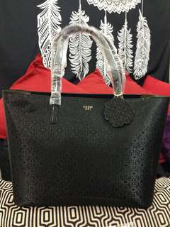 AUTHENTIC GUESS Jayne Tote bag