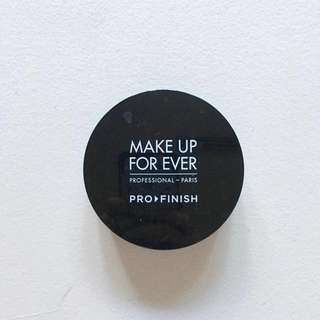 MAKE UP FOR EVER Pro Finish in 123 Golden Beige