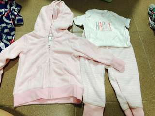 Authentic Brand New Carters baby Set 9 months