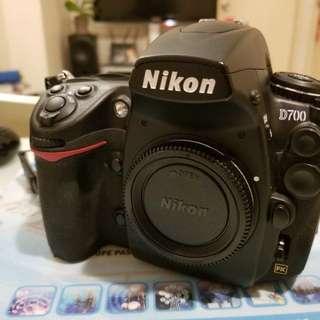 Nikon D700 Full Frame DSLR + MB-D10