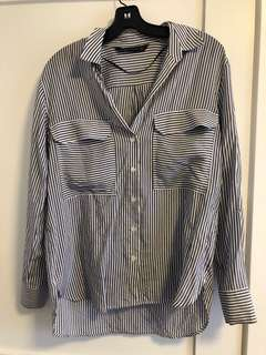 ZARA BUTTON UP size small