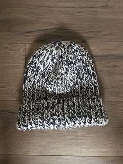 Uniqlo wool beanie
