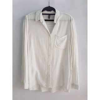 H&M Divided Long Sleeved Button Down Top