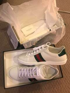 Gucci Bee Ace Sneakers Size 40