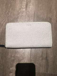 Aritzia Auxillary large wallet  specked white leather