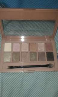 Maybelline the blushed nudes eyeshadow