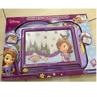 disney sophia the first magnetic drawing board