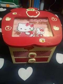 Hello Kitty 手飾盒