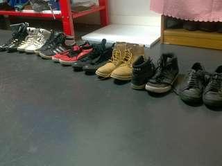 Garage sale must go asap shoes,  clothes,  jackets, boxing