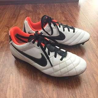Nike Jr Natural IV LTR FG