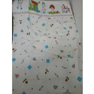 [ USED ] BUMBLE BEE BABY MATTRESS COVER