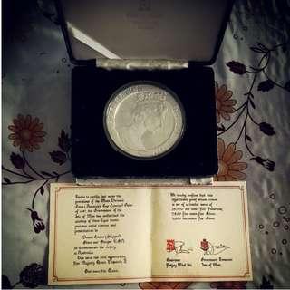 10oz silver coin from 1987 queen elizabeth  AmericaCupCrown