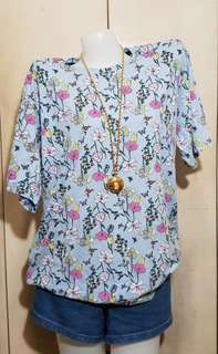 Plus size Pull& Bear floral light blue tee