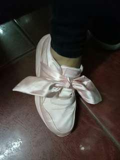 PUMA original Fenty pink bow sneakers