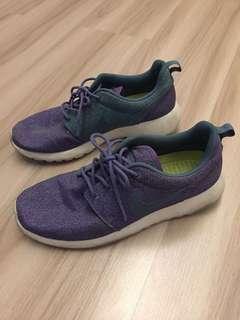 Nike Womens Roshe run's