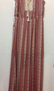 Bohemian long dress w/ slits on the sides