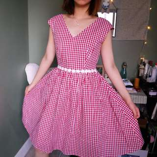Red gingham dress ❤