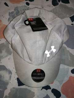Brand New Under Armour Women's UA Flyfast Curved Brim Cap - WHITE