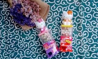 Hello kitty sweet with candy machine