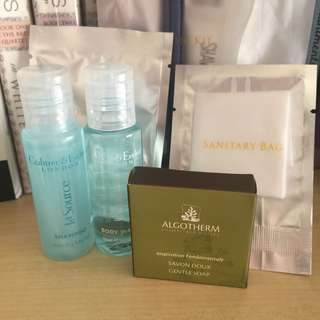 Crabtree and Evelyn Travel Toiletry Set